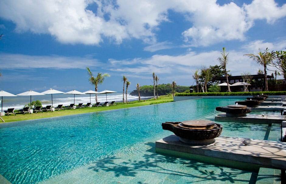 Main Pool. © Alila Villas Soori