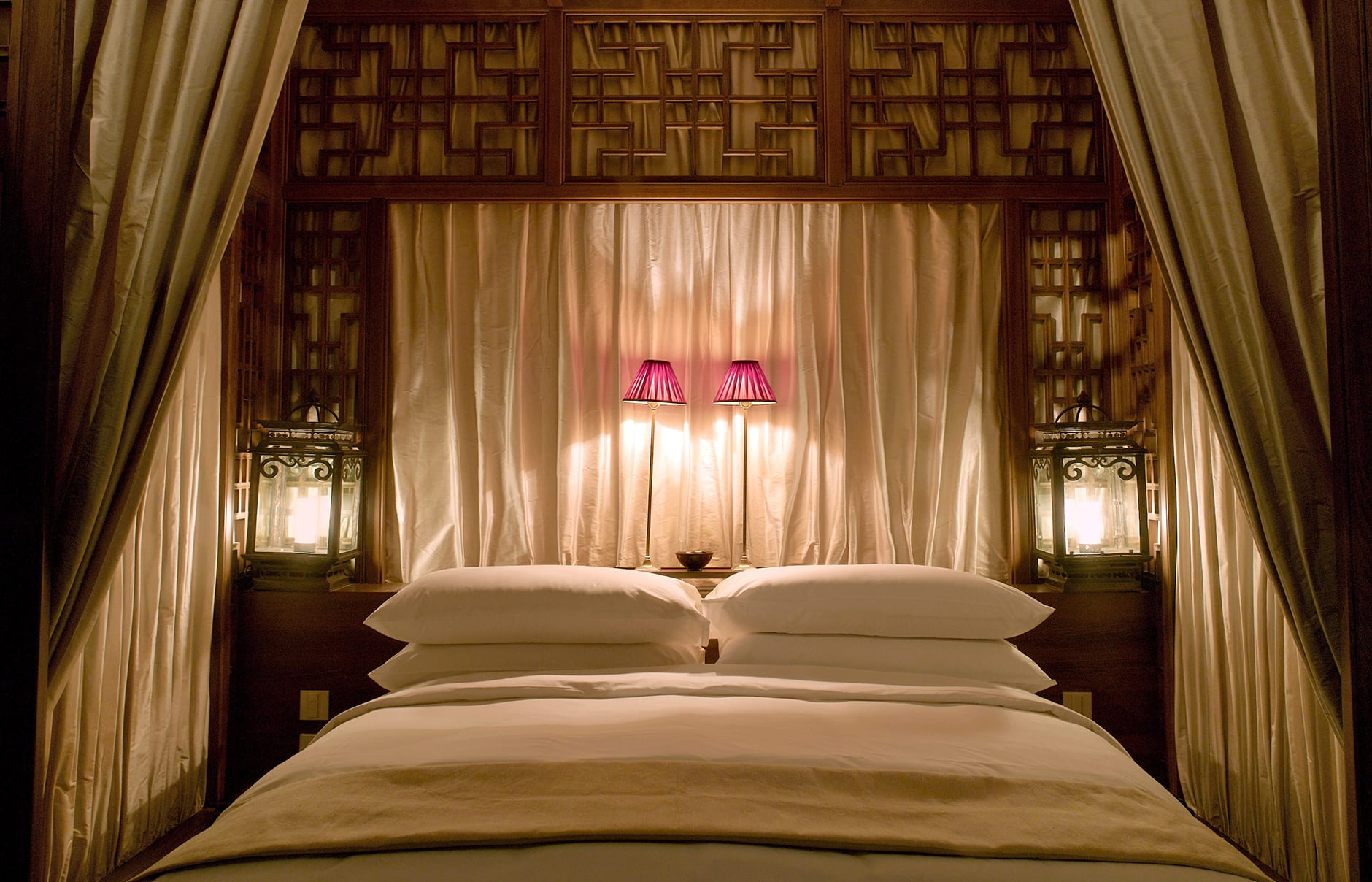 Suite Bedroom. Aman at Summer Palace, Beijing, China. © Amanresorts