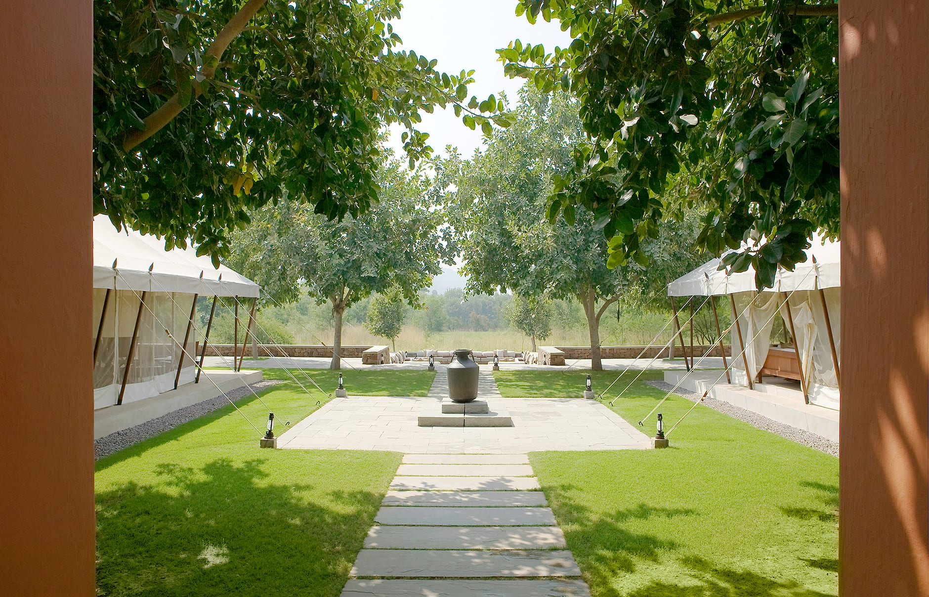 Entrance Pathway. Aman-i-Khas, Ranthambhore, India. © Amanresorts