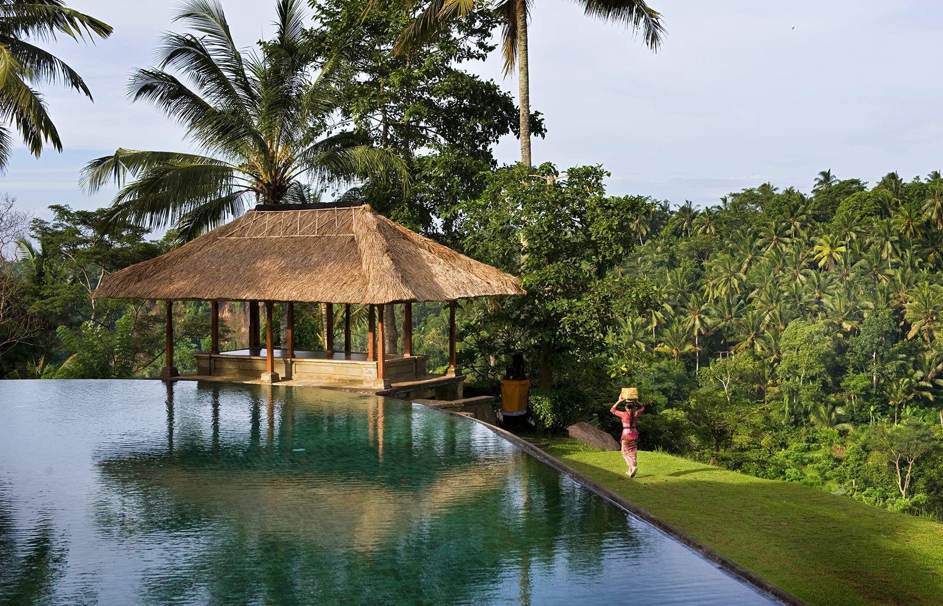 Amandari ubud bali luxury hotels travelplusstyle for Luxury resorts in bali indonesia