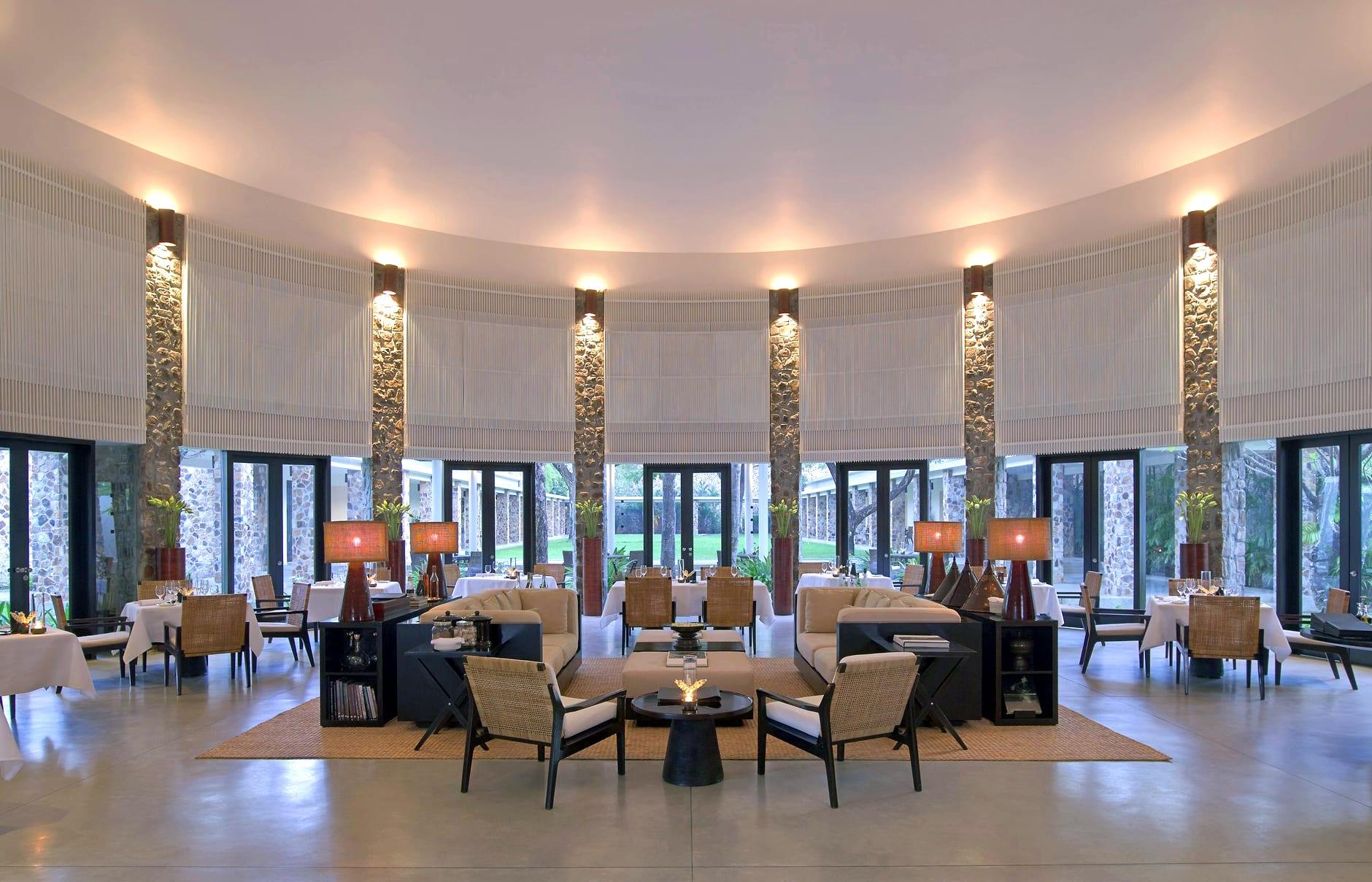 Amansara - Dining Room. © Amanresorts