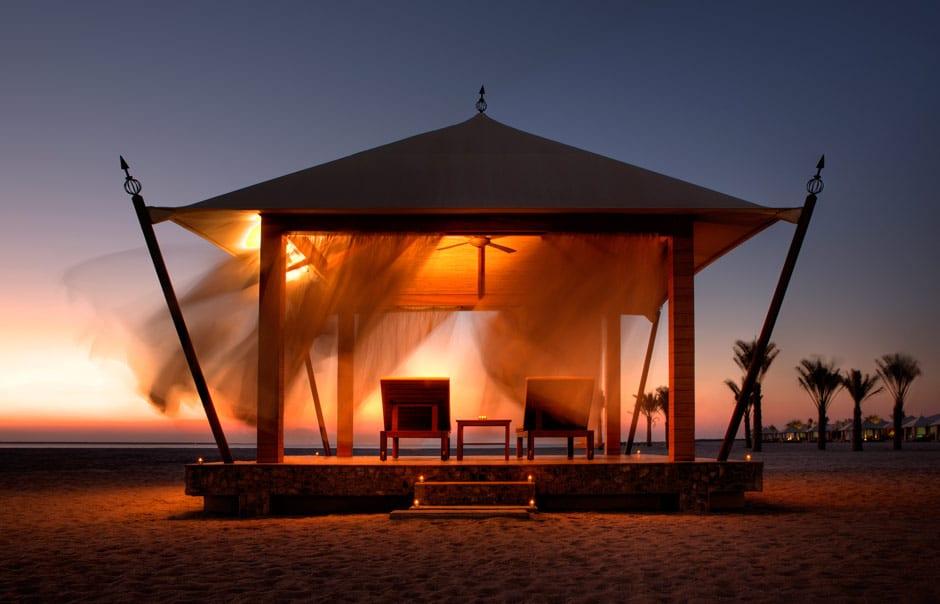 Beach Villa cabana. Banyan Tree Ras Al Khaimah Beach. © Banyan Tree Hotels & Resorts