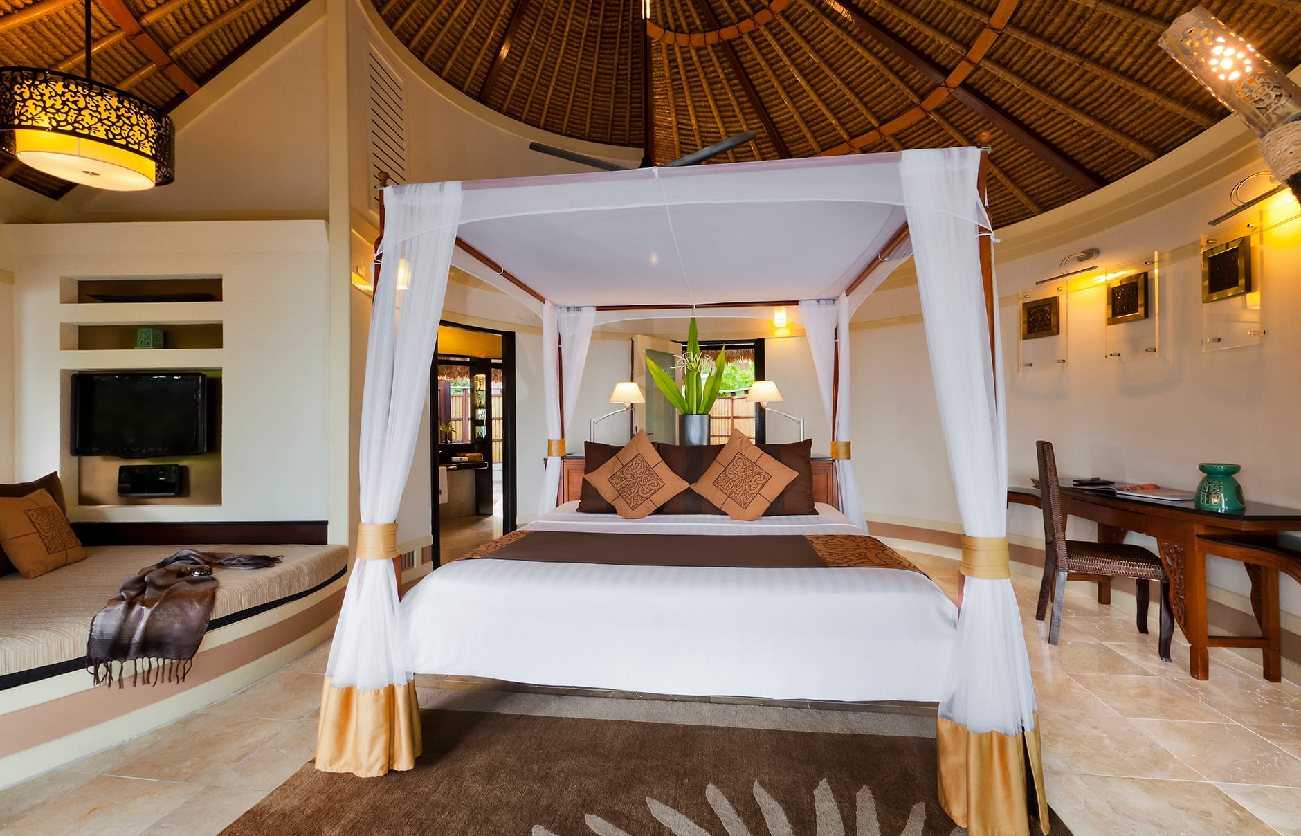 Deluxe Beachfront Pool Villa. Banyan Tree Vabbinfaru, Maldives. © Banyan Tree Hotels & Resorts