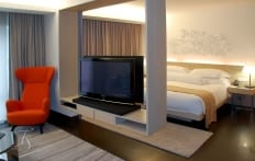 Deluxe Room. Naumi Hotel, Singapore. ©Travel+Style