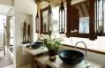 Bathroom © Song Saa Hotels and Resorts