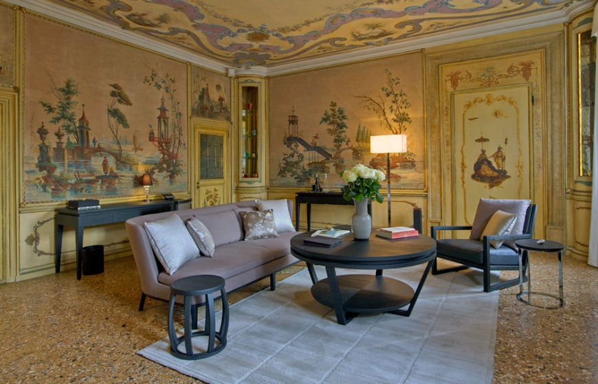 Aman Canal Grande Venice - Alcove Tiepolo Living Room  Amanresorts
