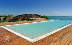Infinty Pool. Kilindi Zanzibar. © TravelPlusStyle.com