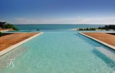 Infinty Pool. Kilindi Zanzibar. © Travel+Style