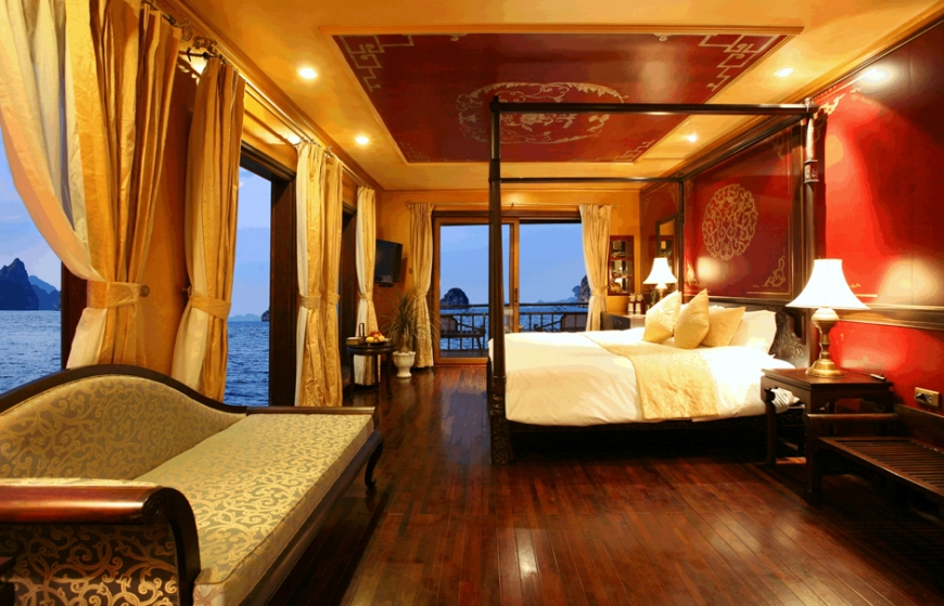 Board the violet junk and sail vietnam s halong bay in for Small luxury hotels phoenix