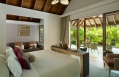 Dusit Thani Maldives. © 2010 Dusit International