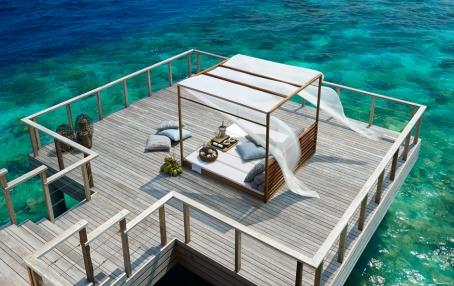 Private Dining Deck. Dusit Thani Maldives. © 2010 Dusit International