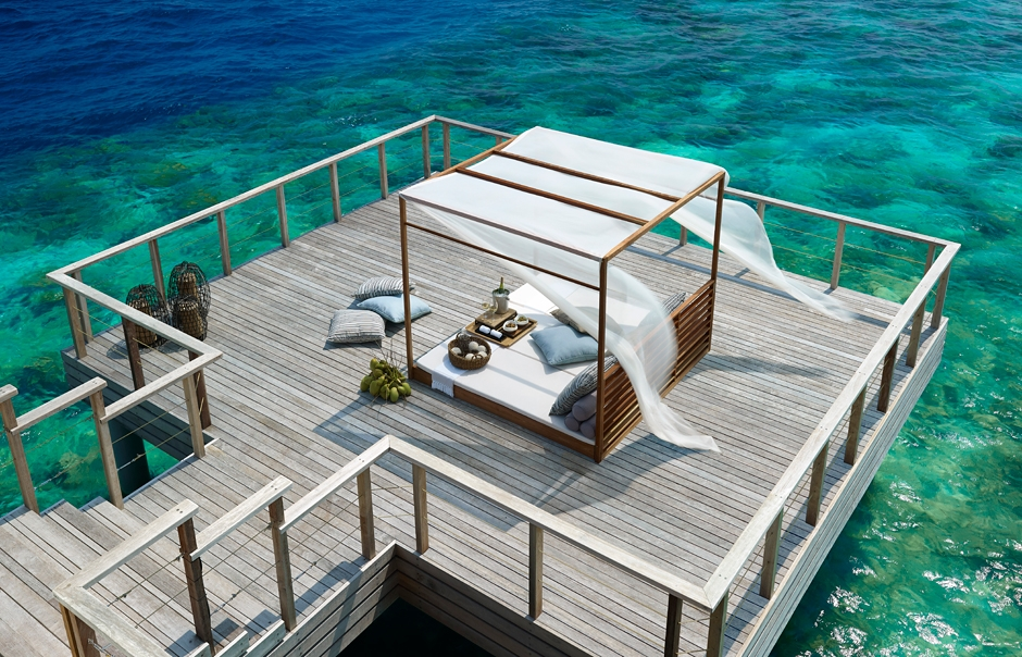 Private Dining Deck. Dusit Thani Maldives. © 2010 Dusit International