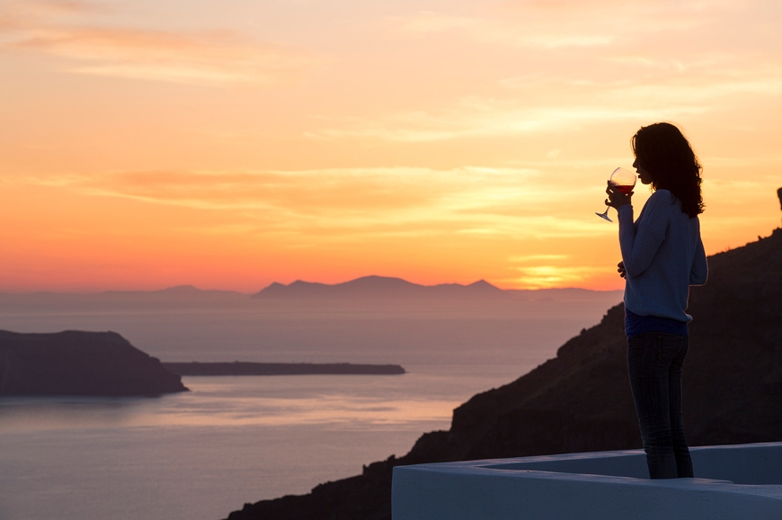 Alta Vista Luxury Honeymoon Suites | Imerovigli, Santorini. TravelPlusStyle.com