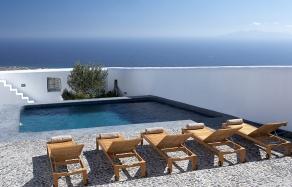 Villa Fabrica, Santorini. travelplusstyle.com