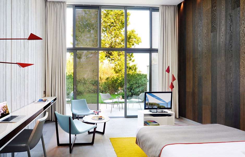 Hotel Sezz Saint Tropez, France. © Cocoon Room. Hotel Sezz Saint-Tropez, photo by Manuel Zublena