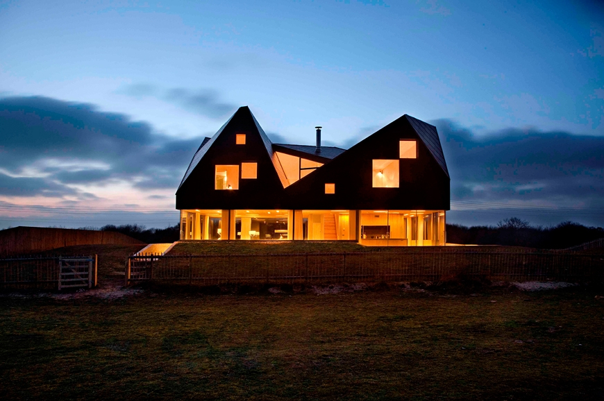 Living architecture at the dune house suffolk luxury for Cubic hotel london