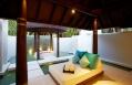 Beach Pool Villa, bathroom. Anantara Kihavah Villas, Maldives, © Anantara Hotels