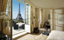 Shangri-La Hotel Paris, France. Hotel Review. Photo © Shangri-La International