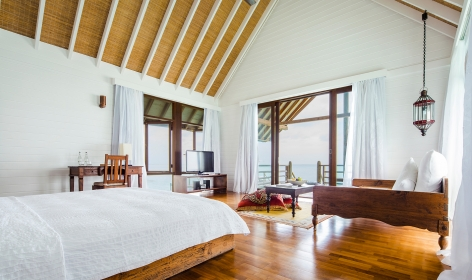 COMO Villa, bedroom. Cocoa Island - Maldives. © COMO Hotels and Resorts