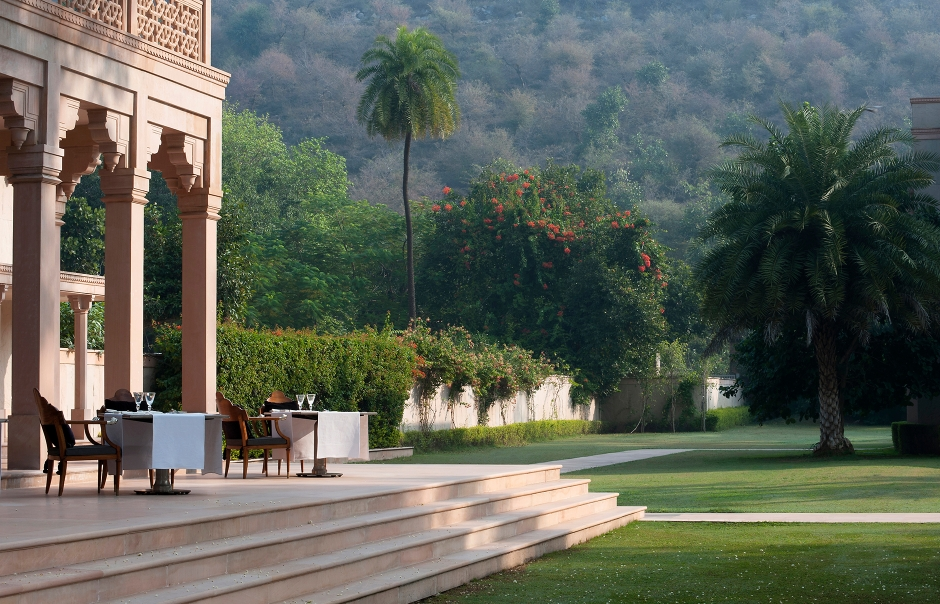 Restaurant Terrace. Amanbagh, India. © Amanresorts