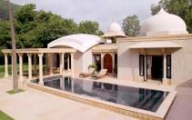 Pool Pavilion. Amanbagh, India. © Amanresorts