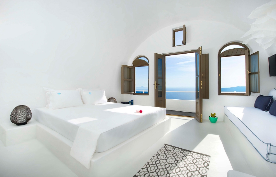 Santorinian harmony at Sophia Luxury Suites   23252  940x room 2051