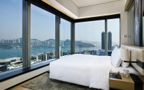 EAST Hong Kong, Hong Kong. Hotel Review by TravelPlusStyle. Photo © Swire Hotels