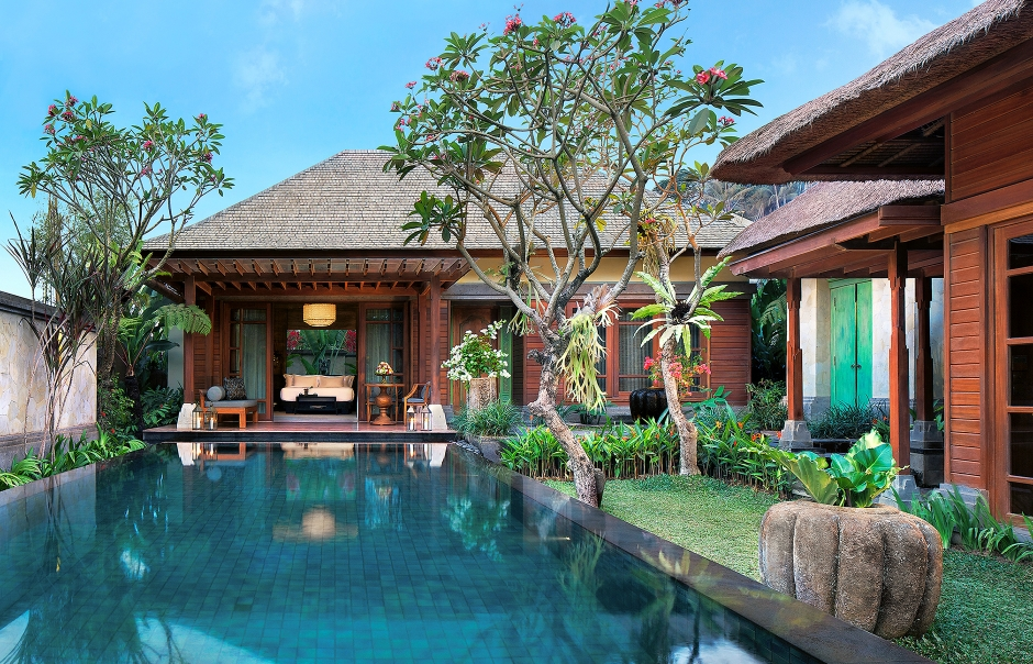 One Bedroom Pool Villa – Swimming Pool. Mandapa, a Ritz-Carlton Reserve, Ubud, Indonesia. © The Ritz-Carlton Hotel Company