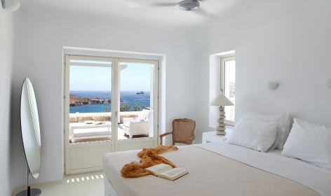 Top 15 Chic Luxury Hotels in Mykonos. Casa Del Mar. TravelPlusStyle.com