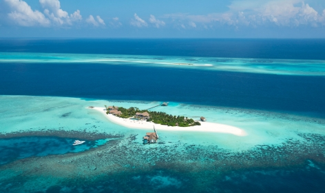 Four Seasons Private Island Maldives at Voavah. TravelPlusStyle.com
