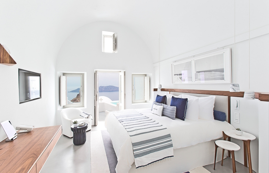 Grace Hotel Santorini, Greece. © Auberge Resorts Collection