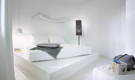 Artemis Deluxe Rooms, Paliochori. Milos, Greece. Travelplusstyle.com