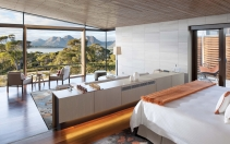 Saffire Freycinet, Tasmania, Australia. Hotel Review by TravelPlusStyle. Photo © Saffire Freycinet
