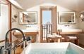 Penthouse Consorti bathroom © Lungarno Alberghi S.r.l.