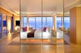Extreme Wow Suite bedroom © Starwood Hotels & Resorts Worldwide, Inc.