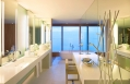 Extreme Wow Suite bathroom © Starwood Hotels & Resorts Worldwide, Inc.