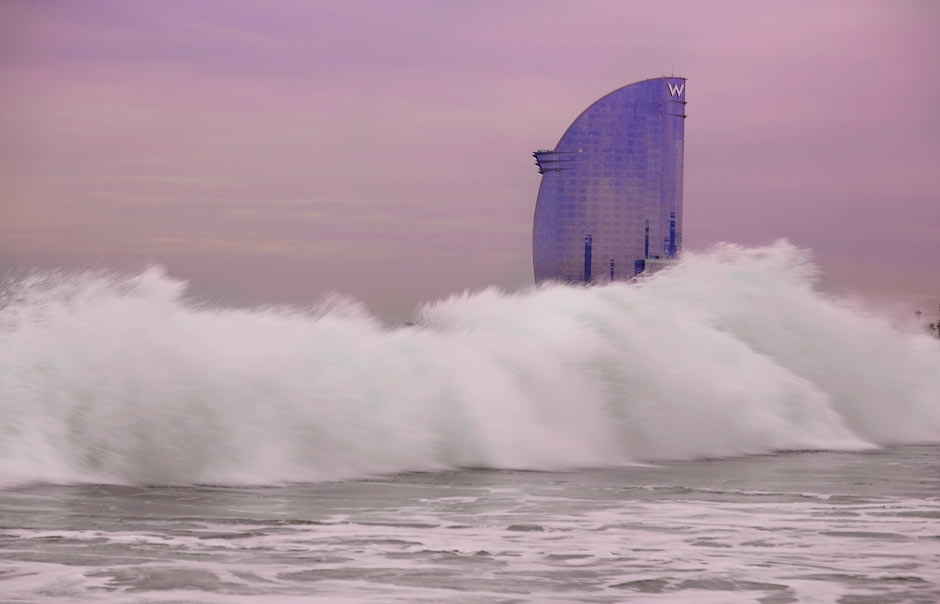 W Barcelona view from Barceloneta © Starwood Hotels & Resorts Worldwide, Inc.