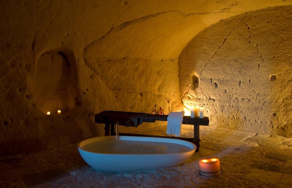 Bathroom © SASSIDIMATERA.COM