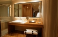Bathroom © Maduzi Hotel Bangkok