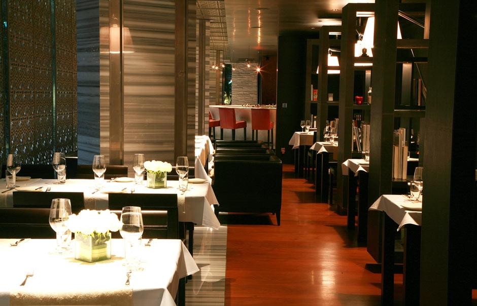 Restaurant © Maduzi Hotel Bangkok