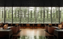 Long Bar_Lobby. The PuLi Hotel and Spa Shanghai, China. © The PuLi Hotel and Spa.