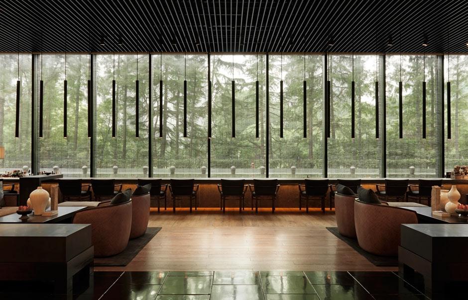 Long Bar_Lobby. The PuLi Hotel and Spa Shanghai, China. © The PuLi Hotel and Spa.