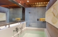 Beachfront Grand Pool Villa, bathroom © casa de la flora