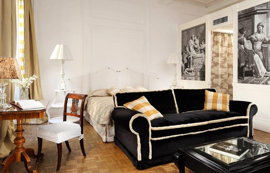 Fireplace Room © Casa Howard