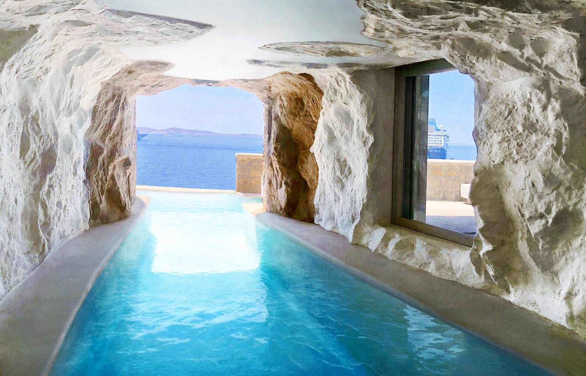 Cavo Tagoo, Mykonos, Greece. Hotel Review by TravelPlusStyle. Photo © Cavo Tagoo
