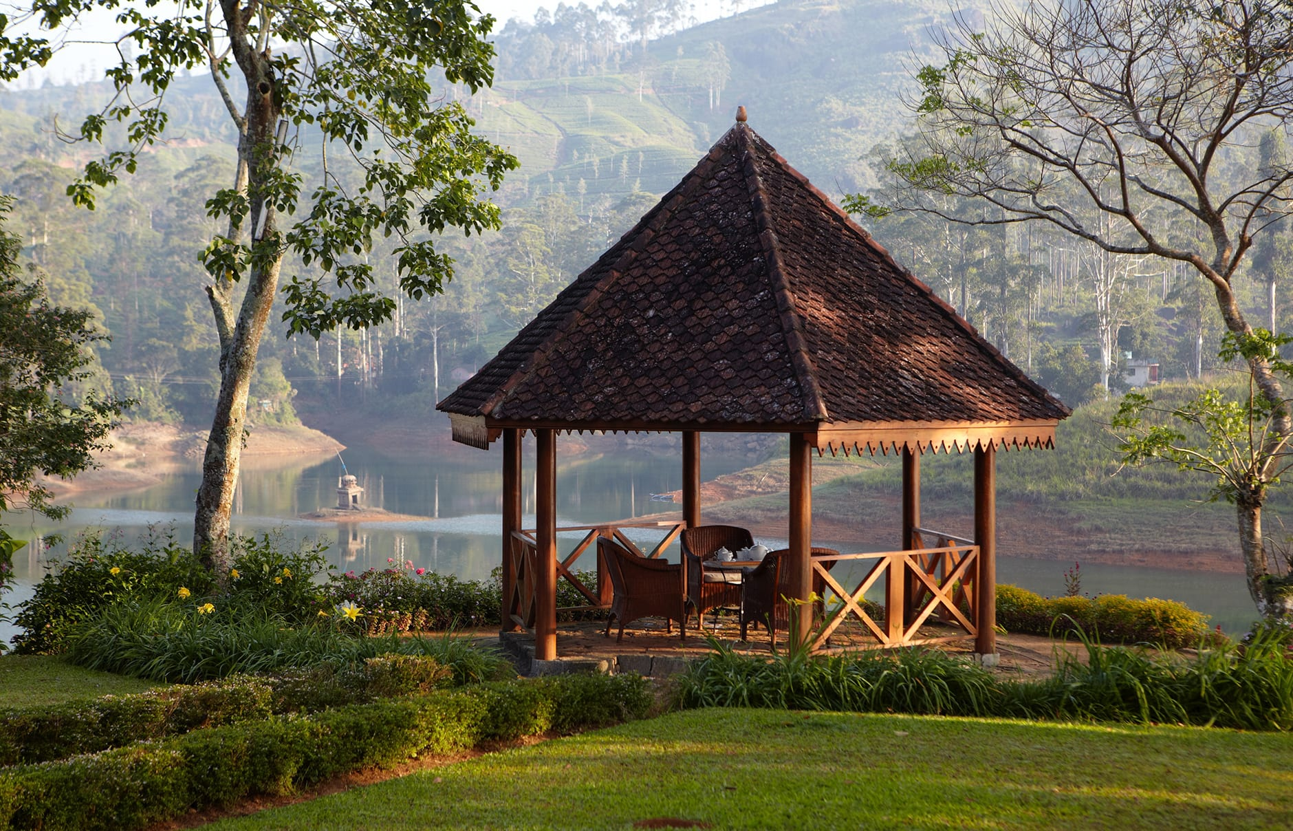 Ceylon Tea Trails, Sri Lanka. © Resplendent Ceylon