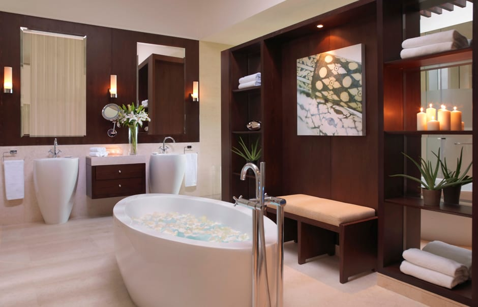 Desert palm dubai luxury hotels travelplusstyle for Bathroom designs dubai