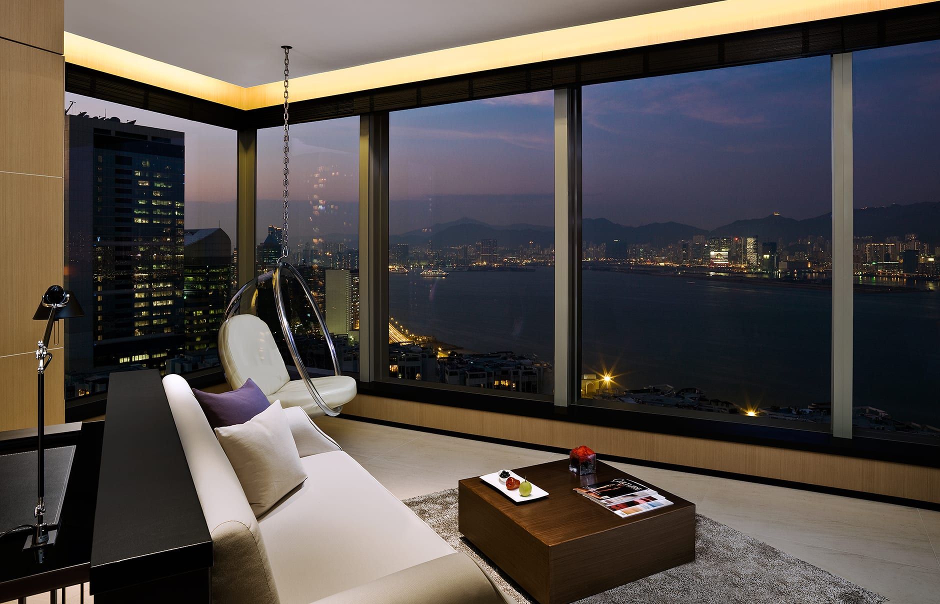 Suite. EAST Hong Kong, Hong Kong. Hotel Review by TravelPlusStyle. Photo © Swire Hotels