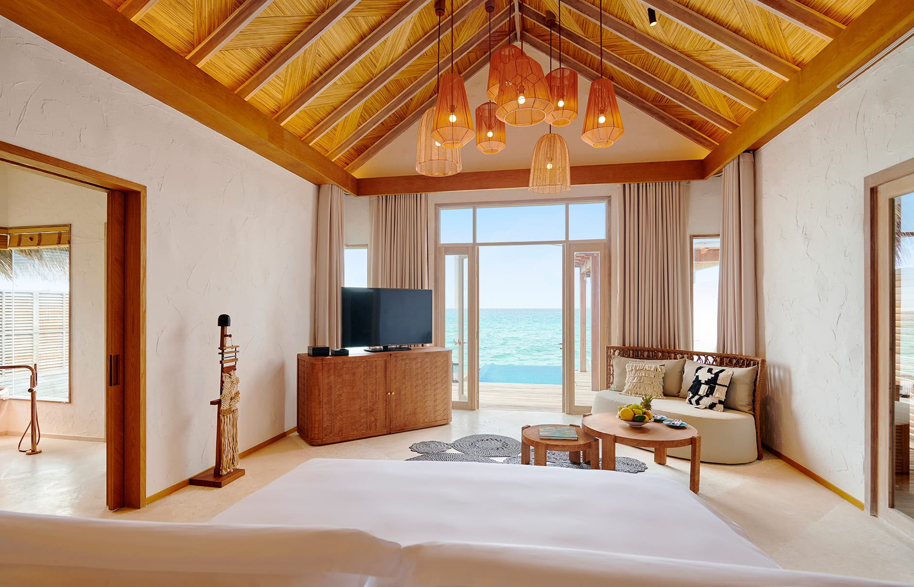 Fairmont Maldives, Sirru Fen Fushi,  Shaviyani Atoll, Maldives. Hotel Review by TravelPlusStyle. Photo © AccorHotels