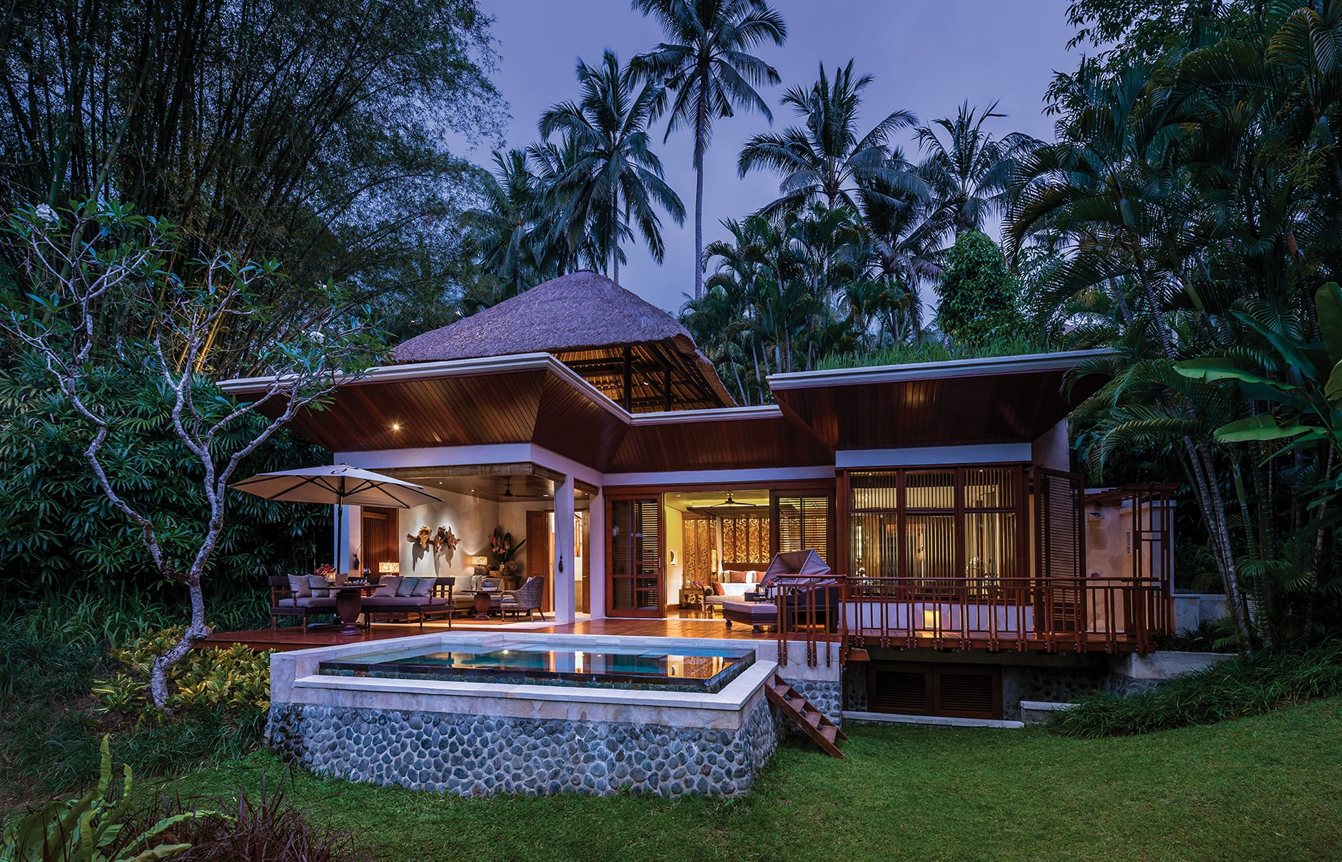 Four seasons resort bali at sayan luxury hotels for Design boutique hotel ubud